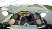 Мотор летящ с 300 км/ч не можa да изпревари автомобил !