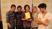 One Direction - Със своя рецепта за книгата на Rays Of Sunshine