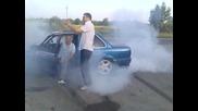 E30 V8 Sam . first movie drift and burn