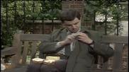 Мистър Бийн в парка...