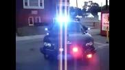 Полицейска патрулка с разбиваща сирена!_djantonyo