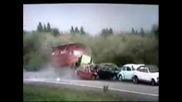 Тест - Камион Размазва 6 Коли