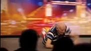 73 годишен мъж танцува брейк в Britains Got Talent