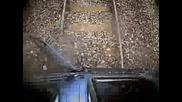 Влак Се Забива В Кола - Тест