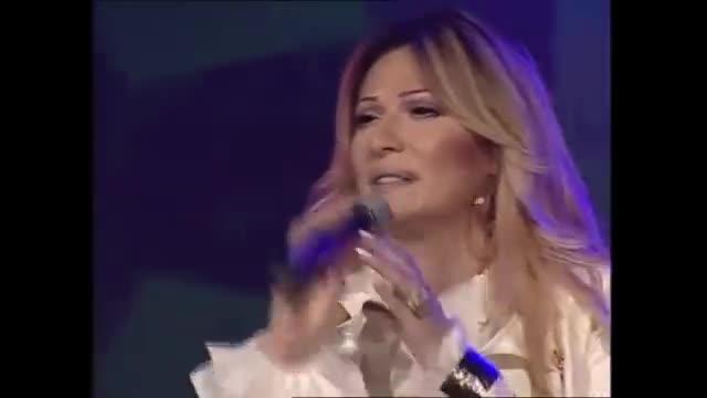 Ceca - Vazduh koji disem - (Live) - (Usce 2006)