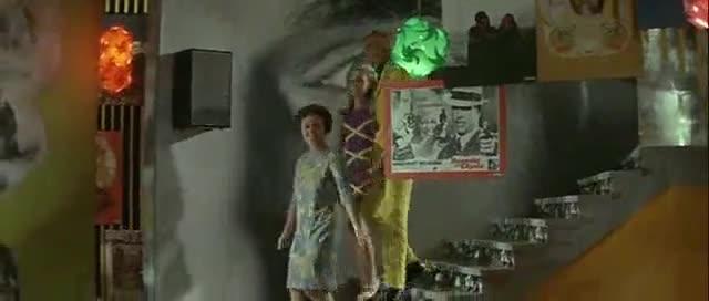 Луи дьо Фюнес - Полицаят се жени (1968)