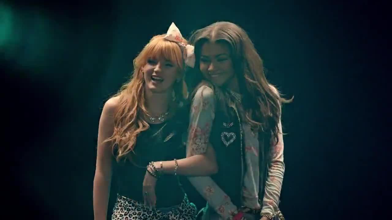 Bella Thorne and Zendaya  Zendaya And Bella Thorne Contagious Love