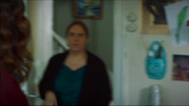 Сериал - Двете лица на Истанбул С01Е62