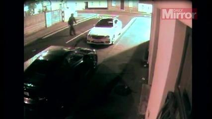 Крадец на коли се нокаутира сам