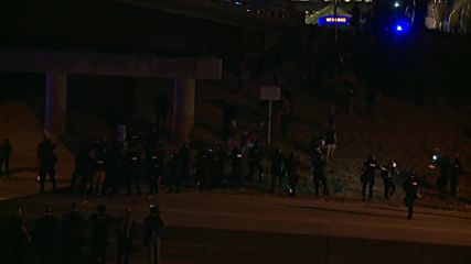 Въведоха полицейски час след размириците в Шарлът