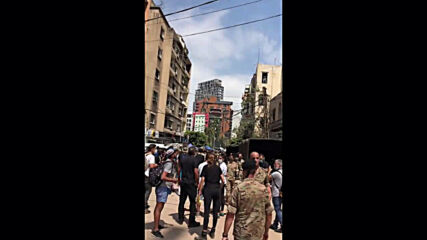 Lebanon: Presidential Guard berated by angry crowd during visit to Beirut's hard hit Gemmayzeh neighbourhood