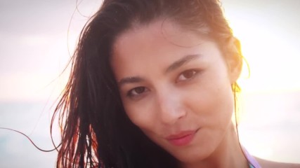 Jessica Gomes Dares To Go Completely Bare In Madagascar - Profile - Sports Illustrated Swimsuit