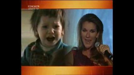 Сладурче имитира Celine Dion
