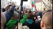 От протеста на АТАКА се нахвърлиха на БТВ