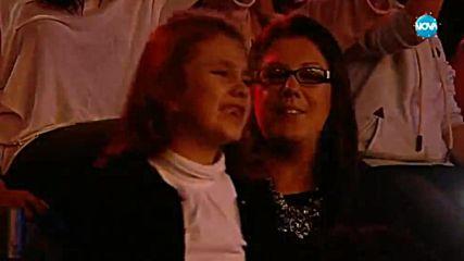 Невена Пейкова - Hallelujah - X Factor - Коледен концерт (24.12.2017)