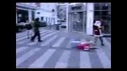Не Се Бъзикайте С Дядо Коледа!