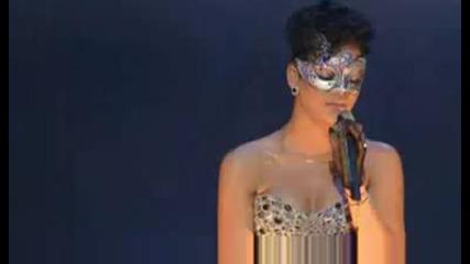 Най - прекрасното изпълнение на Риана на живо * Bисоко Качество * + Превод