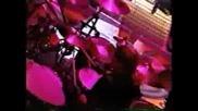 Guns N` Roses - Live And Let Die (live)