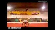 Ужасно Пребиване На Гимнастици!