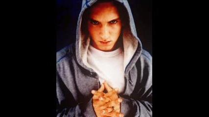 Защо по дяволите не му пука ??? Eminem - Just Dont Give A Fuck !