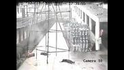 10 000 волта ток удря работници докато месят скеле 1 оцелява