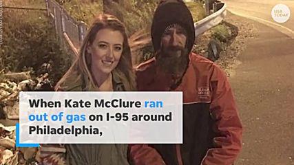 Бездомник даде последните си пари на жена, а тя промени живота му