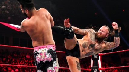 The Singh Brothers ne Aleister Black ke saath ek fight pick kiya: Raw, Oct. 8, 2019