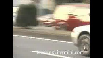 Nissan Skyline Gt - R33 Vs Gt - R32