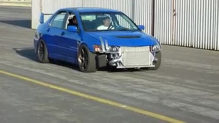 Добър Звук на Mitsubishi Evo