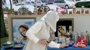 Пръдлива монахиня - Скрита камера