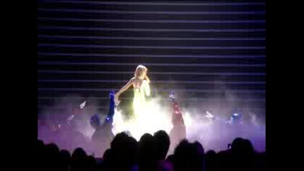 Kylie-Wow(Live @ BRIT Awards)