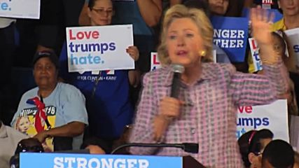 USA: Clinton slams Trump's Twitter outbursts at Florida rally