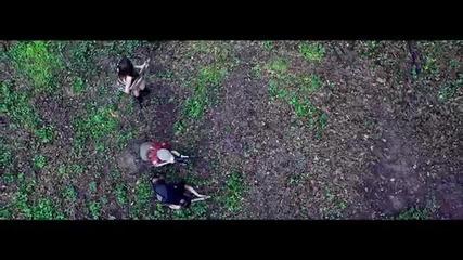 Lora - Floare la ureche ( Official Video)