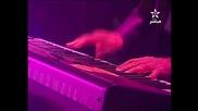 Amr Diab - Yehmak feh (live 2011)