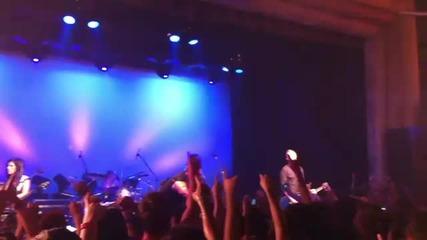 Skillet - Comatose ( Live 2011 )