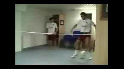 C.ronaldo Vs. Ronaldinho - fintove