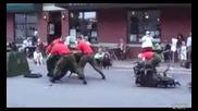 Войници разглобяват и зглобяват джип само за 4 мин.
