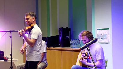 """Васко Василев разкри тайната на музиката за малки и големи в """"Музейко"""""""