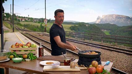 Обърнат ябълков крамбъл | Италиански експрес с Джино | 24Kitchen Bulgaria