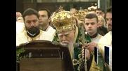 Почина патриарх Максим