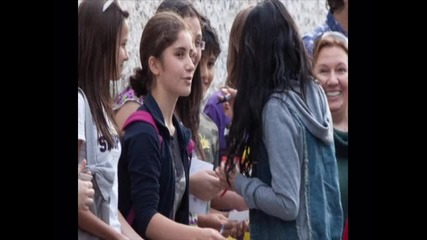 Селена Гомез е в България (софия)