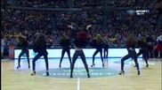 Горещи танци на баскет в Ла Коруня