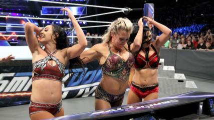 Charlotte Flair vs. Peyton Royce: SmackDown LIVE, Nov. 20, 2018
