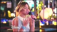 Violetta 3: Виолета и Леон пеят Descubri и се целуват + превод Hd
