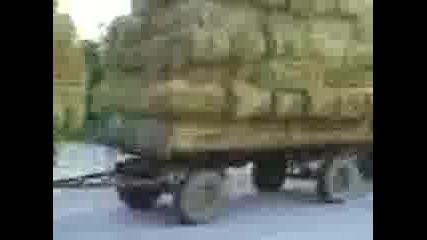 Трактор Armatrac с 5 ремаркета