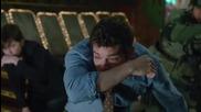 Flash vs Supergirl/ Papa Roach - Not Listening (music video)