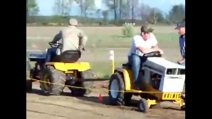Трактор Срещу Трактор