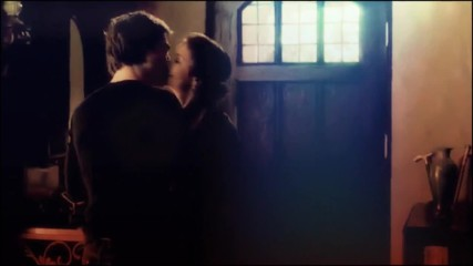 Crazy in love+damon&elena