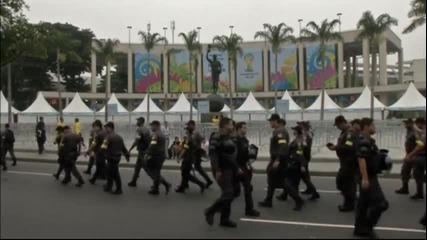 Полицията в Рио на крак за финала