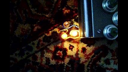 трифазен инвертор с три лампи свързани в звезда